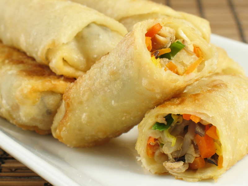Spring rolls (炸春卷) are a very popular Chinese appetizer. They ...